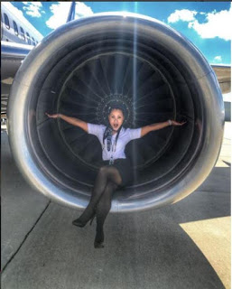 """meet this gorgeous airline worker dubbed """"Flight attendant bae"""""""