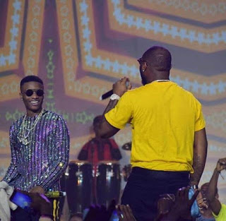 Watch As Davido Tried To Avoid Another Beef With Wizkid