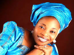 Tope Alabi Biography: Age, Songs, Pictures