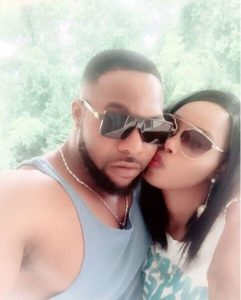 Bolanle Ninalowo get kisses from wife