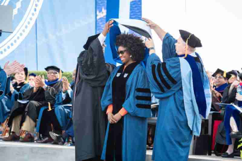 Chimamnda Adichie get honorary degree