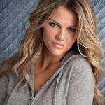 Brooklyn Decker Biography - Age, Husband, Movies & Pictures