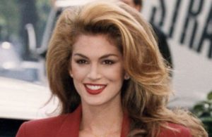 Cindy Crawford Biography - Age, Family, Net Worth & Pictures