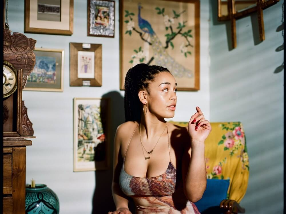 English Singer Jorja Smith Nominated For Grammy Award