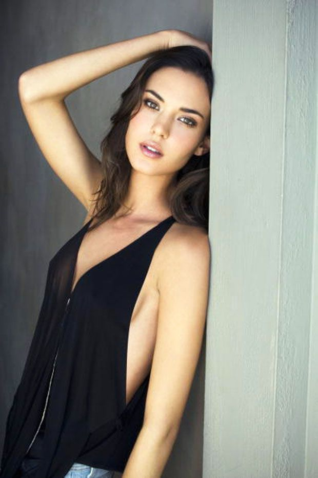Odette Annable Biography - Age, Movies and Tv Shows, Net Worth, Pictures