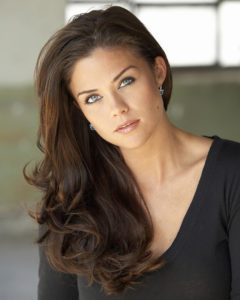 Susan Ward Biography - Age, Husband, Net Worth & Pictures