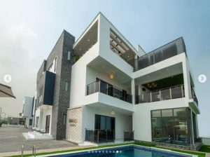 super-eagles-striker-odion-ighalo-shows-off-his-new-multi-million-naira-mansion-in-lekki-2