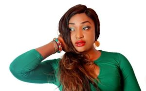 Lizzy Gold Onuwaje Biography - Age, Husband, Family, Movies & Pictures