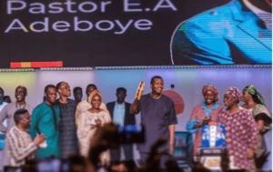 Pastor E.A Adeboye and congregation