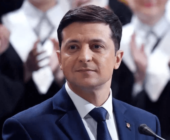 Volodmyr Zelensky Bio Age, Wife, Net Worth pictures & 8 Other Things You Don't Know About Him