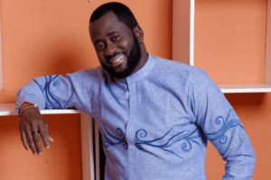 Desmond Elliot photo