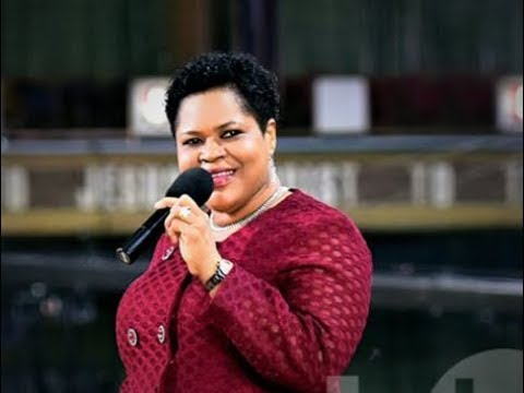 Meet T.B Joshua's Wife, Evelyn Joshua | Biography | Age | Pictures | Wikipedia | Siblings | Wedding Date