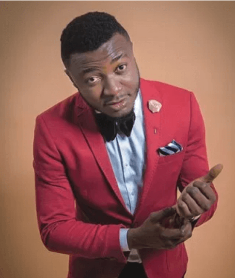 MC Galaxy Buys T-Spice A New Benz