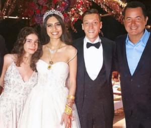 Mesut Ozil marries in turkey