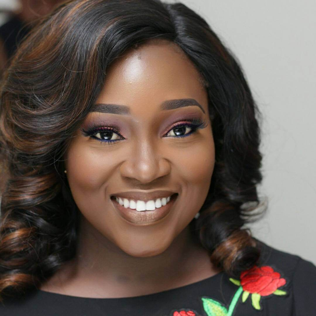 Abimbola Craig Profile: Age, Husband, Net Worth, Relationship, Weight Loss, mother, surgery, Pictures