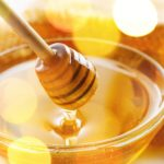 10 Amazing Uses & Benfits Of Honey