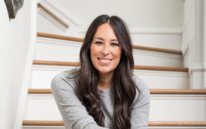 Joanna Gaines Biography: Age, Wiki, Books, Education, Parents, Net Worth & Pictures