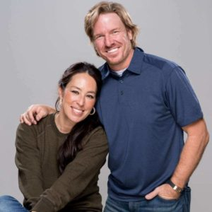 Joanna Gaines & husband photo