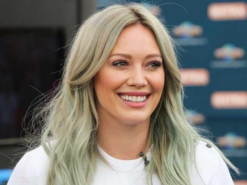 Hilary Duff Biography: Age, Movies, Husband, Net Worth & Pictures