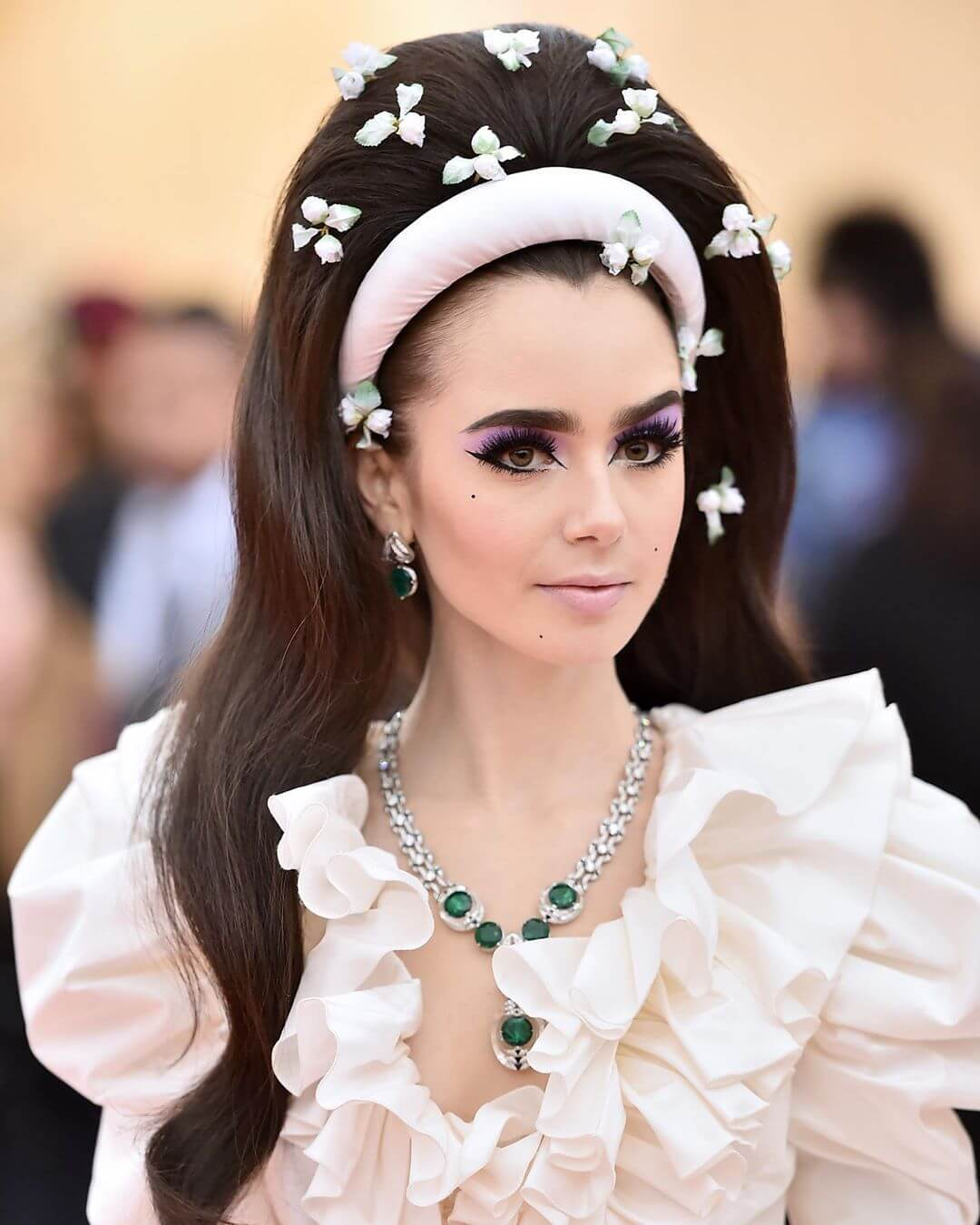 Lily Collins Biography: Age, Husband, Movies, Height, Net Worth & Pictures