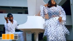 DOWNLOAD MP3/MP4 Sista Afia - Paper Ft. Victor AD