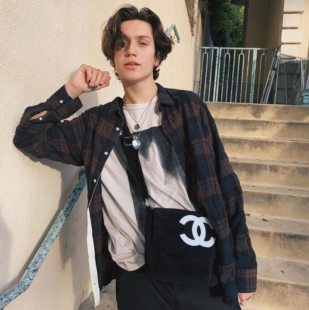 Chase Hudson Biography: Age, Parents, Girlfriend, Net Worth & Pictures