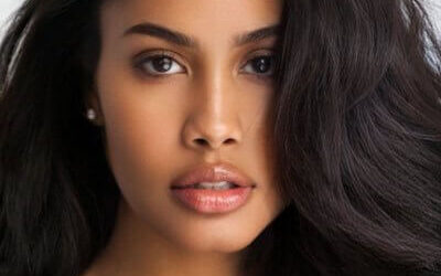 Leyna Bloom Biography: Real Name, Age, Parents, Measurements, Net Worth & Photos