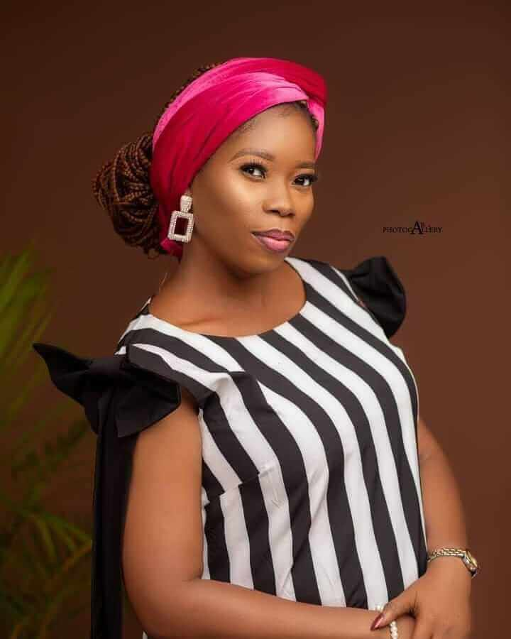 Yetunde Are Biography: Wiki, Age, Husband, Songs, Net Worth